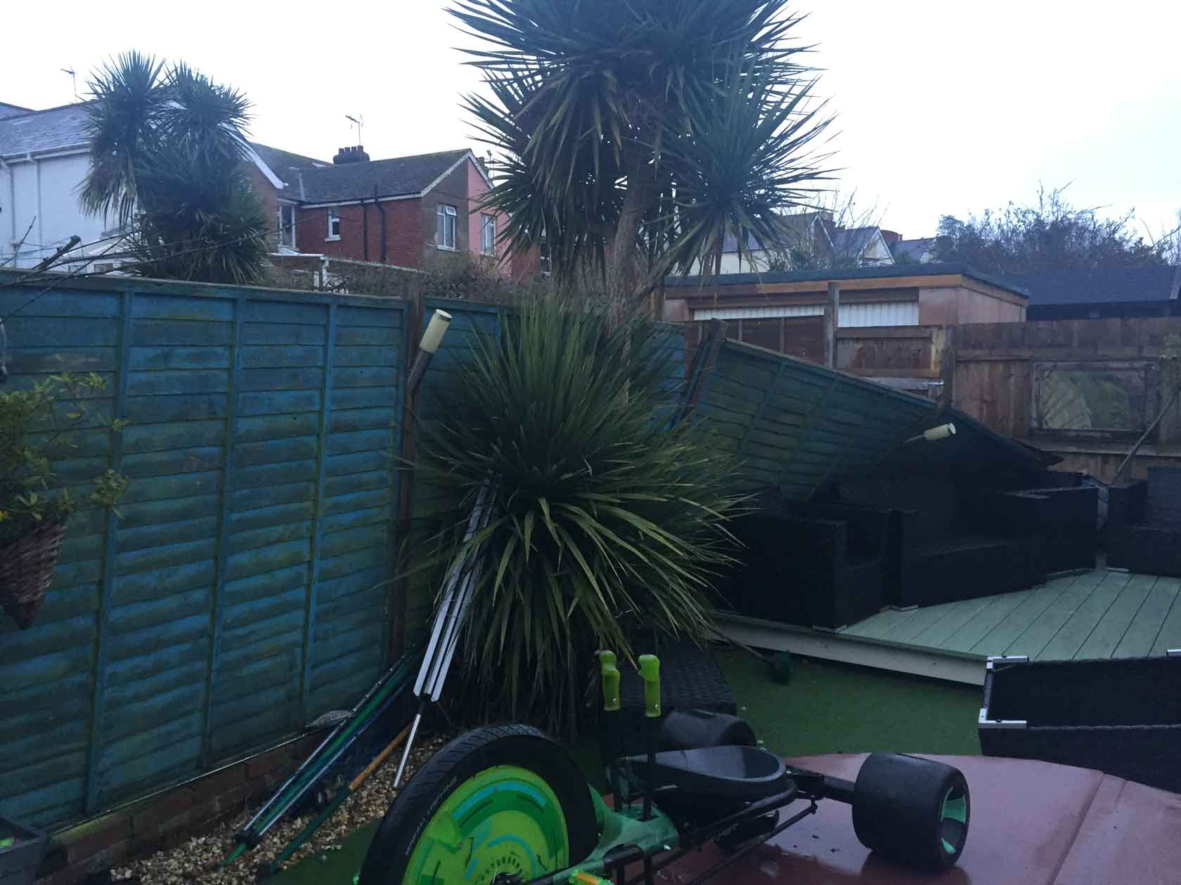 fencing-exmouth-before